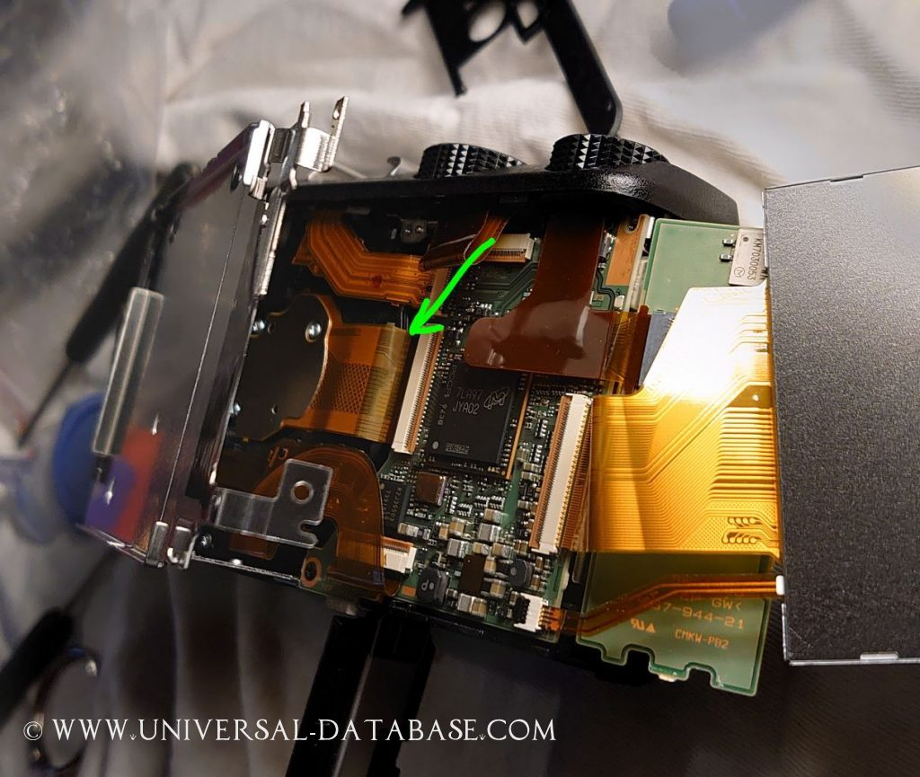Sony Cyber Shot DSC HX60V not taking pictures lens stuck, black screen from sensor
